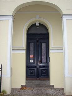 3-Zimmer-Altbauwohnung in Berlin-Steglitz – Nahe Schlossstraße und Rathaus Steglitz