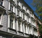 3-Zimmer-Dachgeschoss-Wohnung in Steglitz – seitlich Schlossstraße